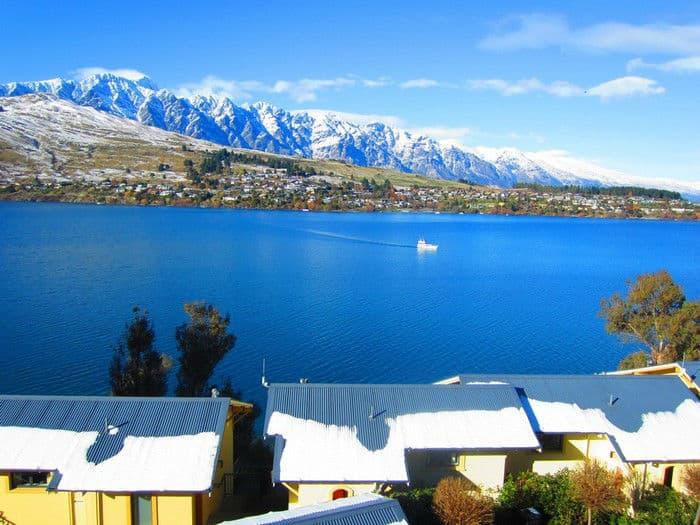 Hirum property management software showcases their client for Hotel villa del lago