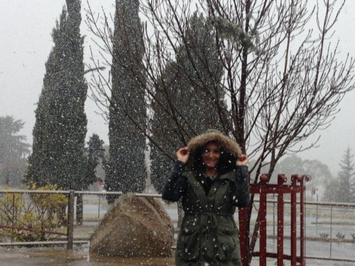 Snow falls in Jindabyne