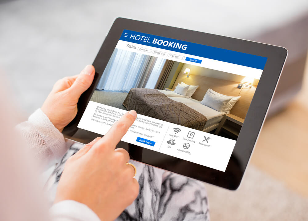 direct hotel booking on a tablet | HiRUM